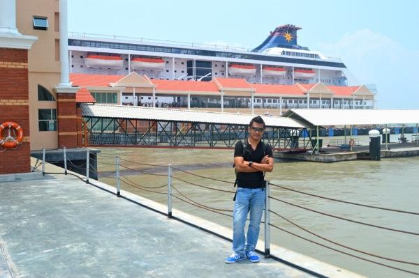 4 Hari 3 Malam Belayar Bersama Super Star Libra Cruise