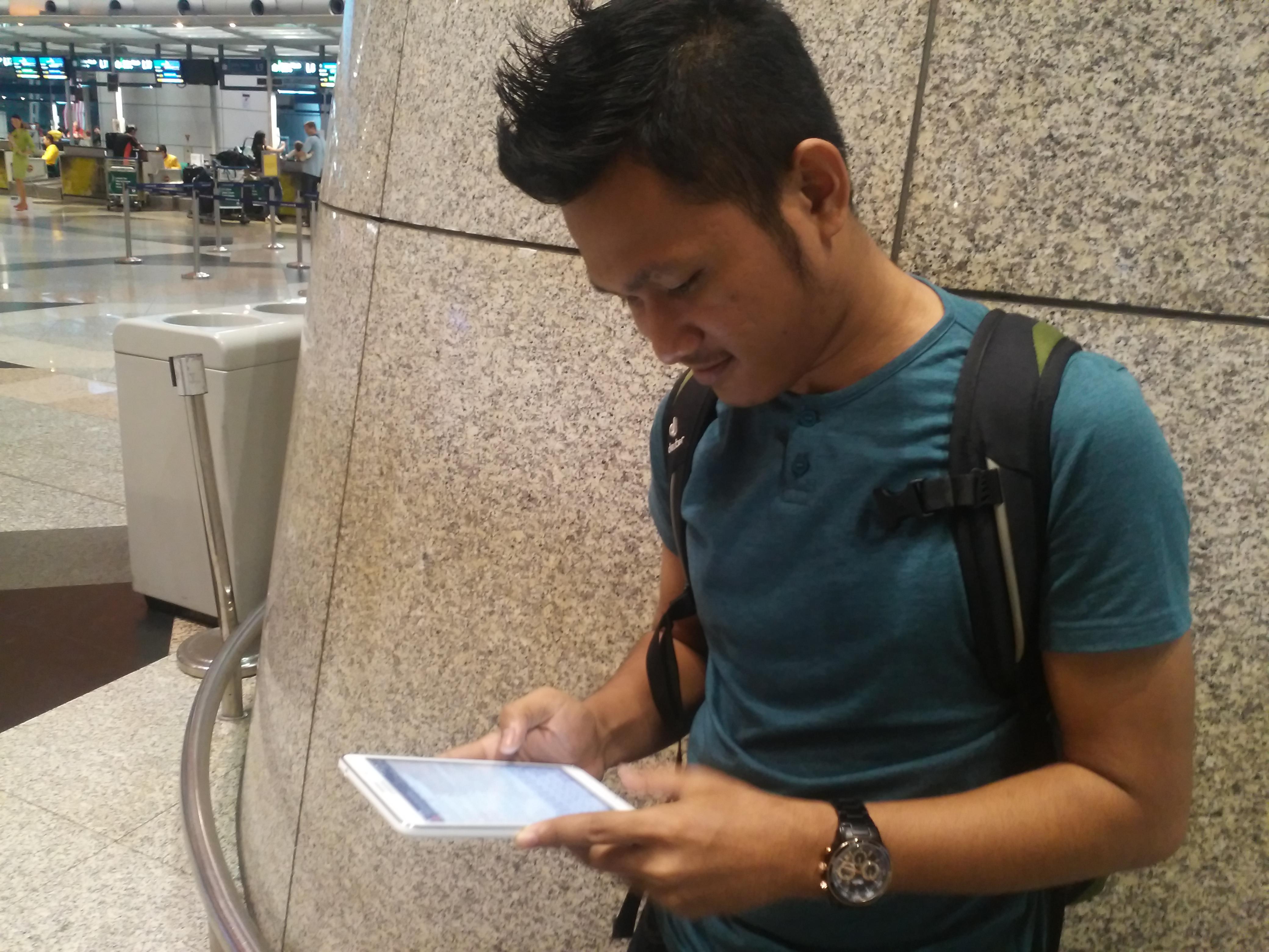 Rancang Percutian Dengan Samsung Galaxy Tab 4